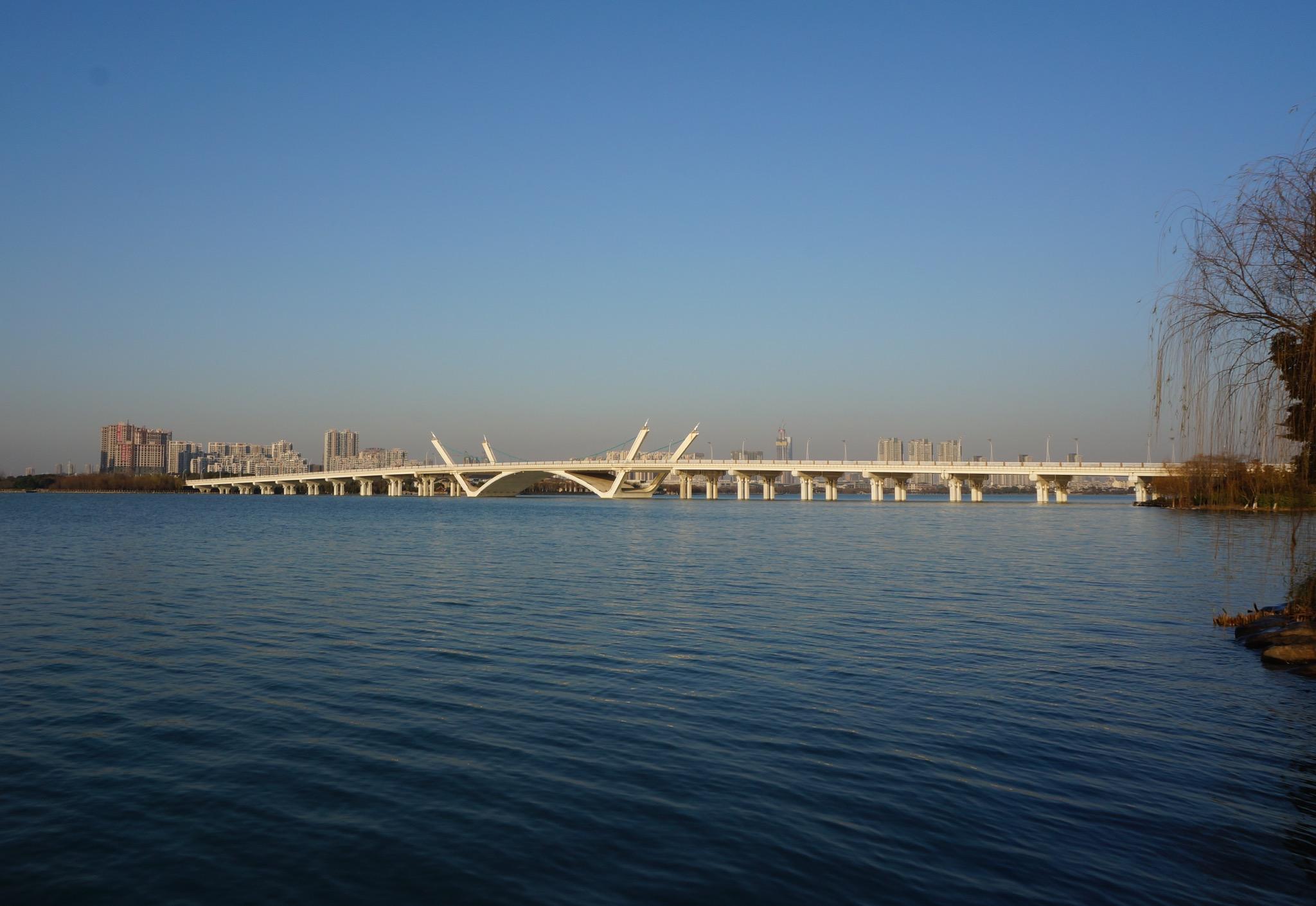 远观蠡湖大桥