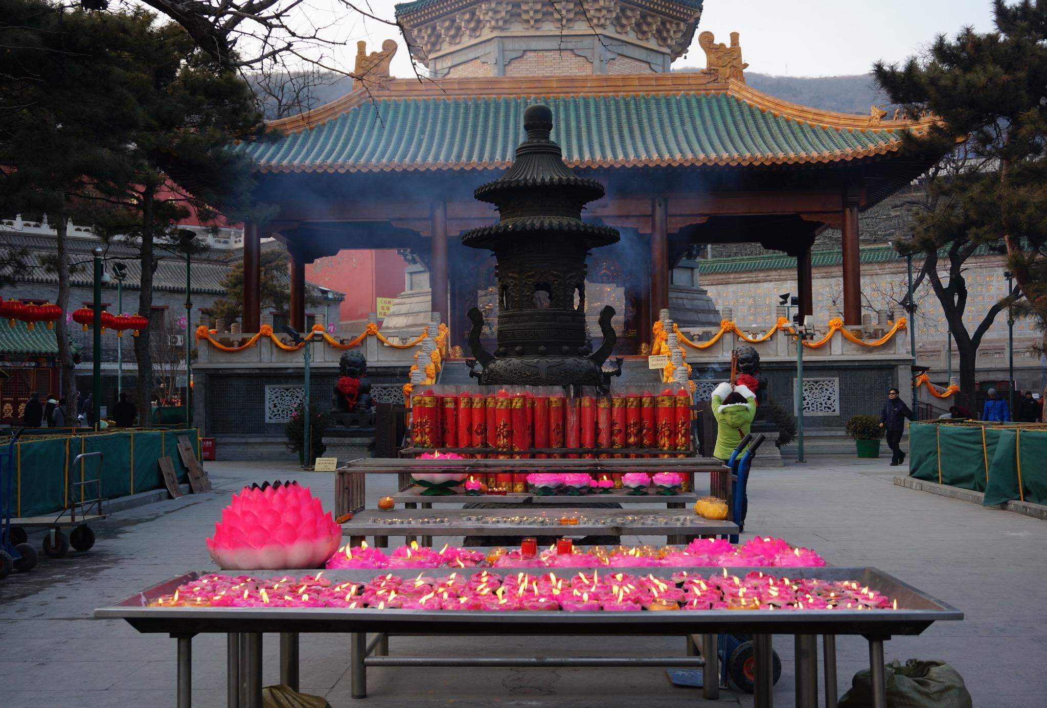 灵光寺的香火