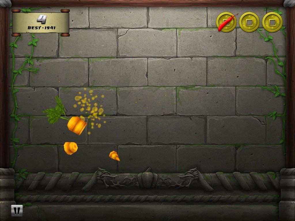 11年末下载的切水果游戏,当时全宿舍都喜欢用我的iPad玩这个游戏,最爽的就是切巨型水果的时候