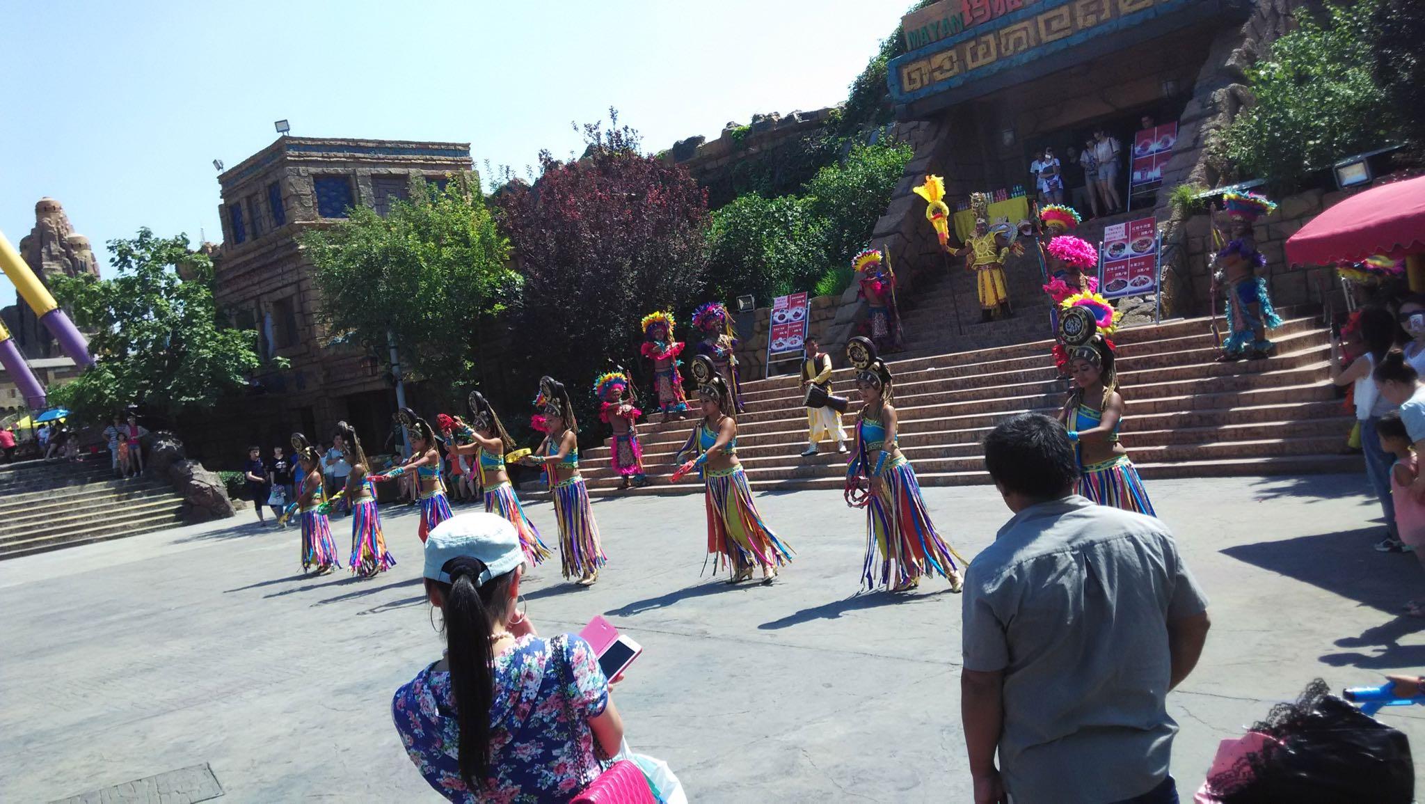 玛雅文化的这个露天舞还不错