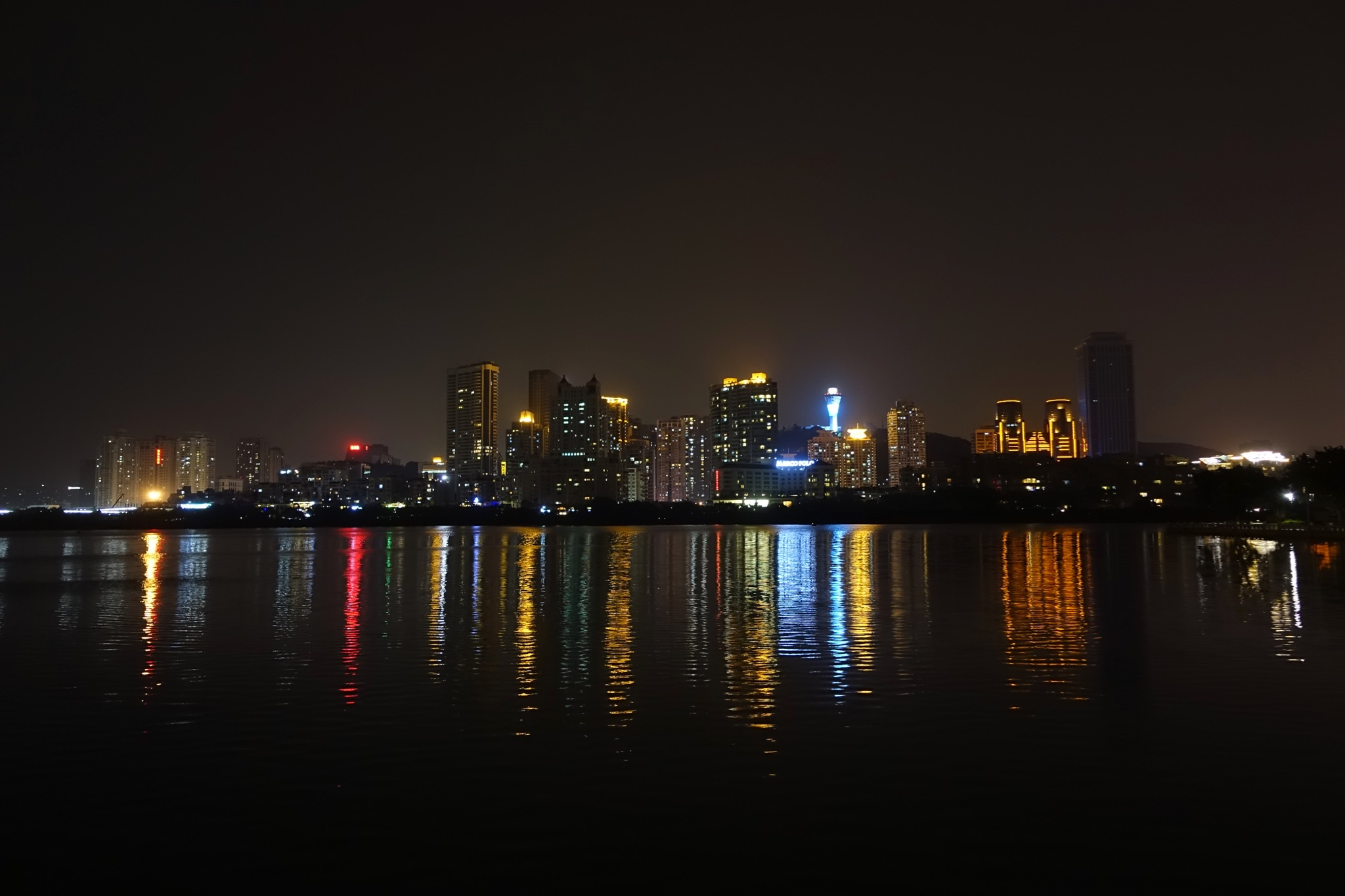 筼筜湖夜景