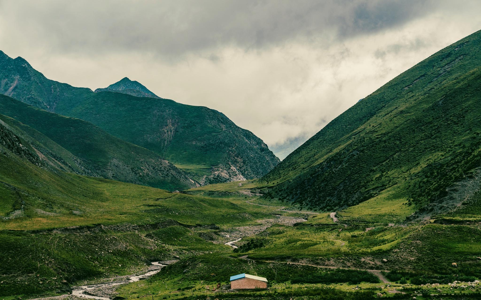 拉脊山路沿途风景